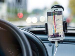 phone-in-the-car